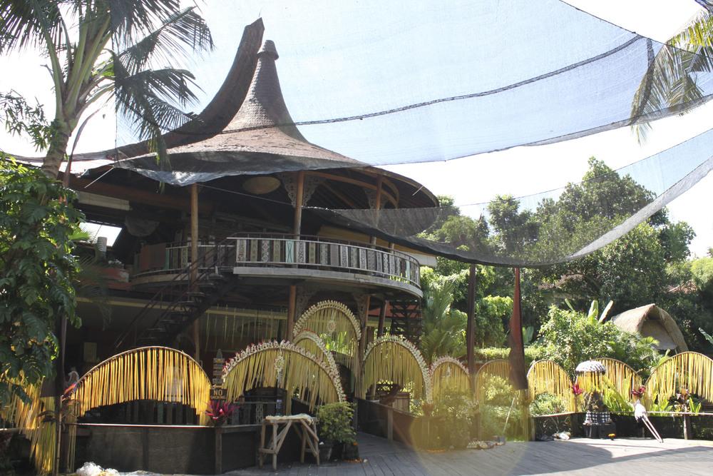 barn yoga, Yoga Studio, Ubud, Bali3205.jpg