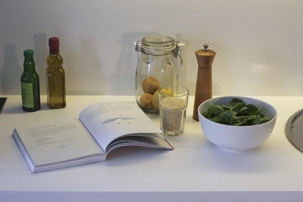 Quinoa and Spinach,Tara Stiles, dein Yoga dein Leben, Rezeptbuch, Yoga Buch, Ratgeber3244.jpg