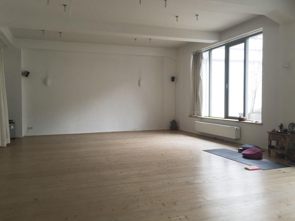 Shivasloft Yoga Studio Düsseldorf Anusara4191.jpg