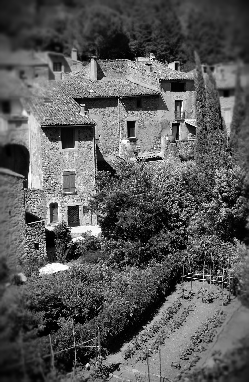 Village, St. Guilhem le Desert