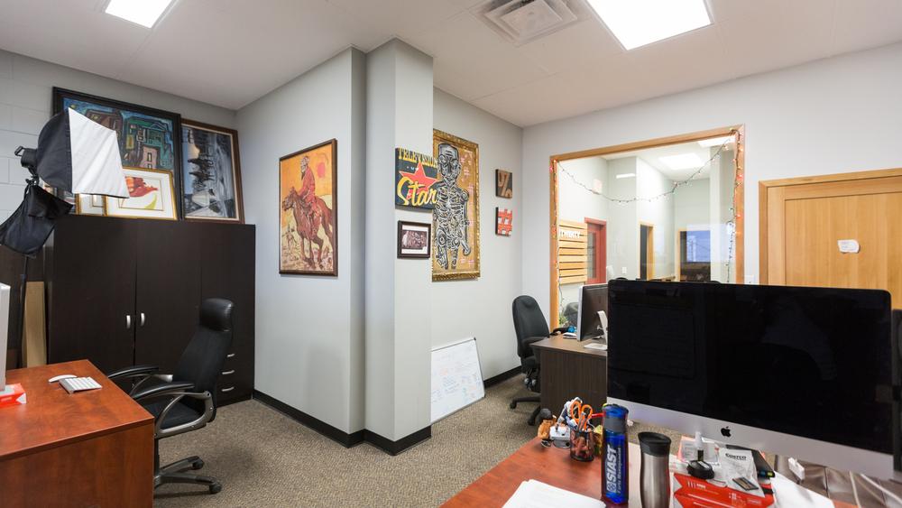 220 Office Photos 2015-10.jpg
