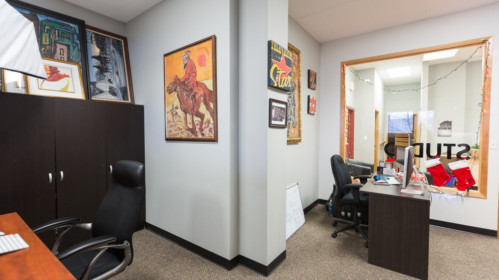 220 Office Photos 2015-4.jpg