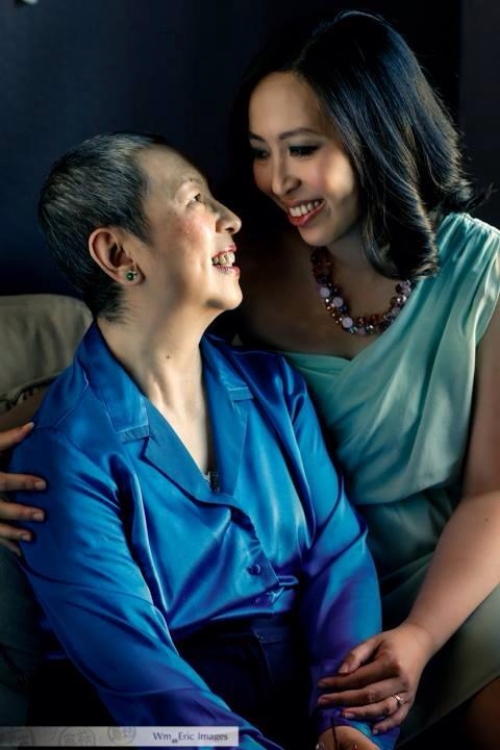 Spending the day with one of our favorite brides Wen-Yin and her mom, a cancer survivor. via WM Eric Images