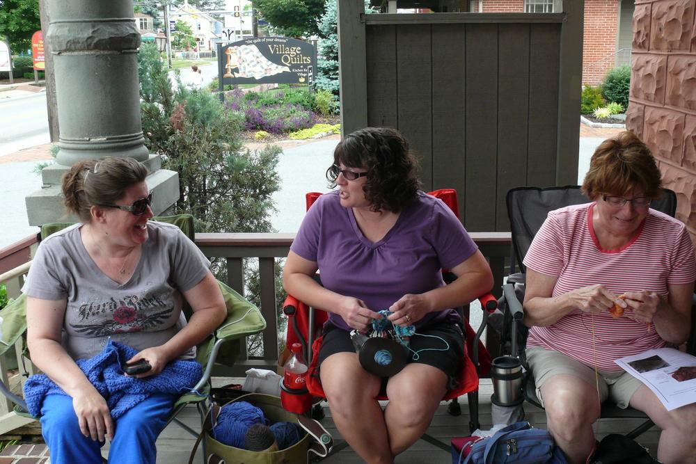 Knitters Knitting in Public!