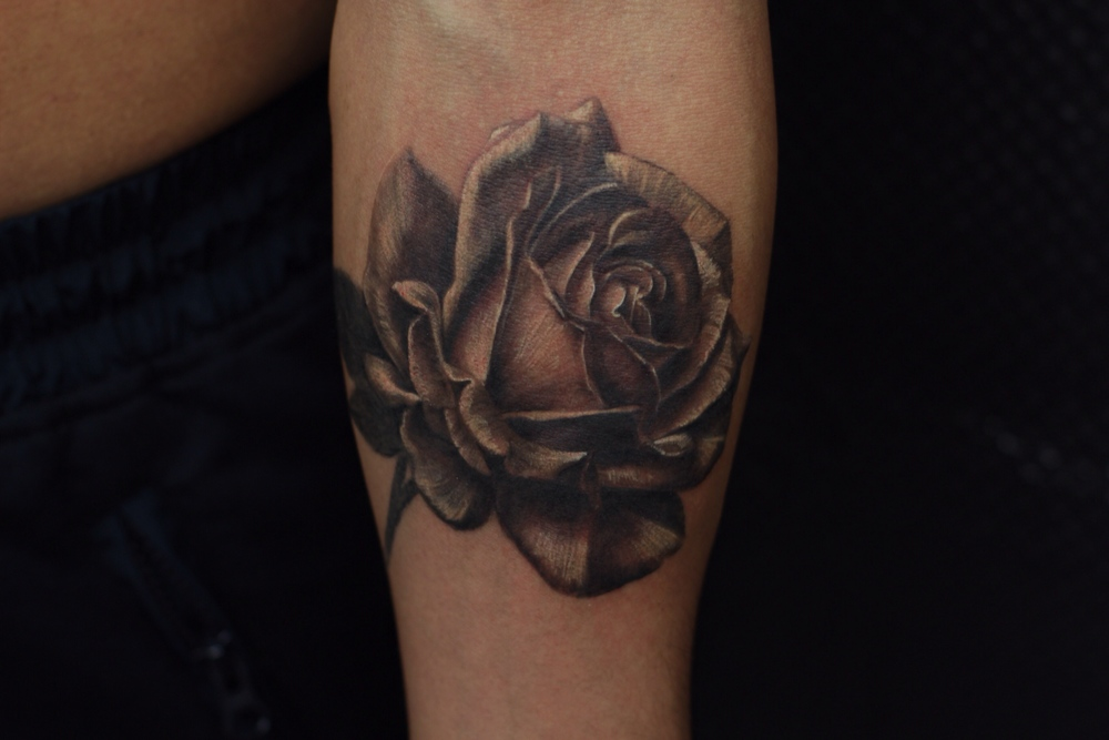 realistic black and gray rose tattoo.JPG