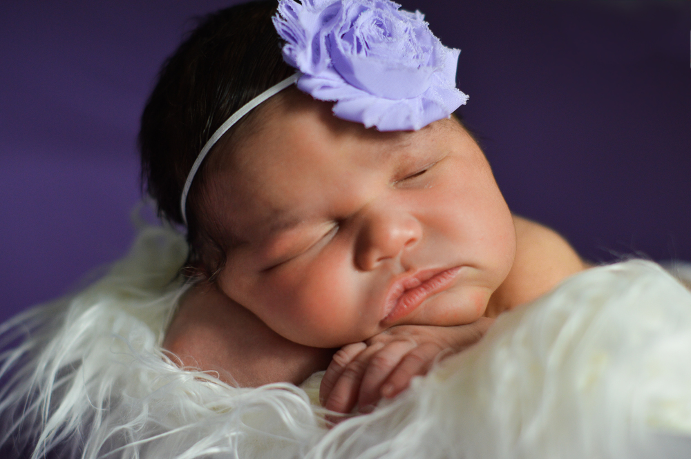 Holliday {newborn}-10.jpg