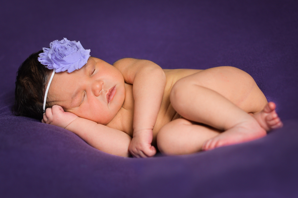 Holliday {newborn}-11.jpg