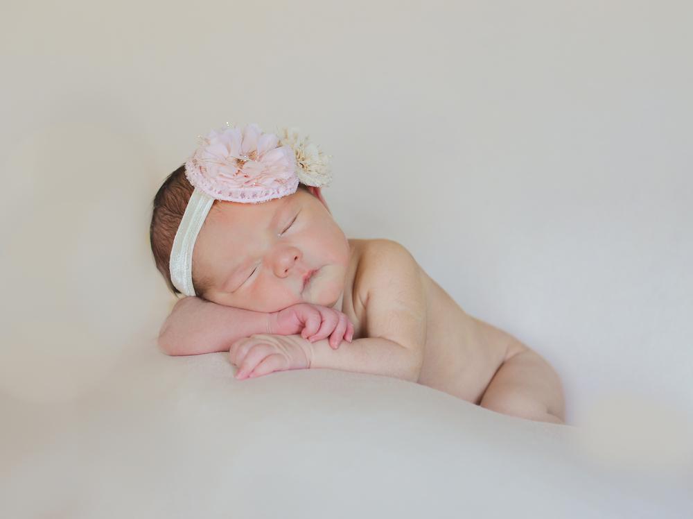 Anna {newborn}-6.jpg