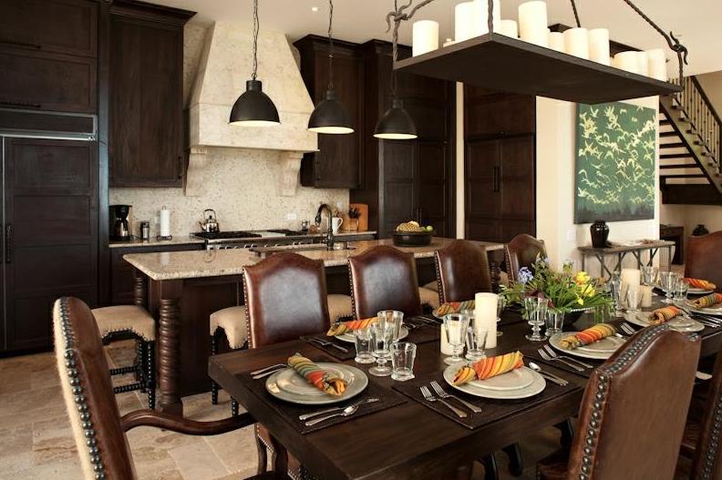 Las Catalinas StuCasa Kitchen.PNG