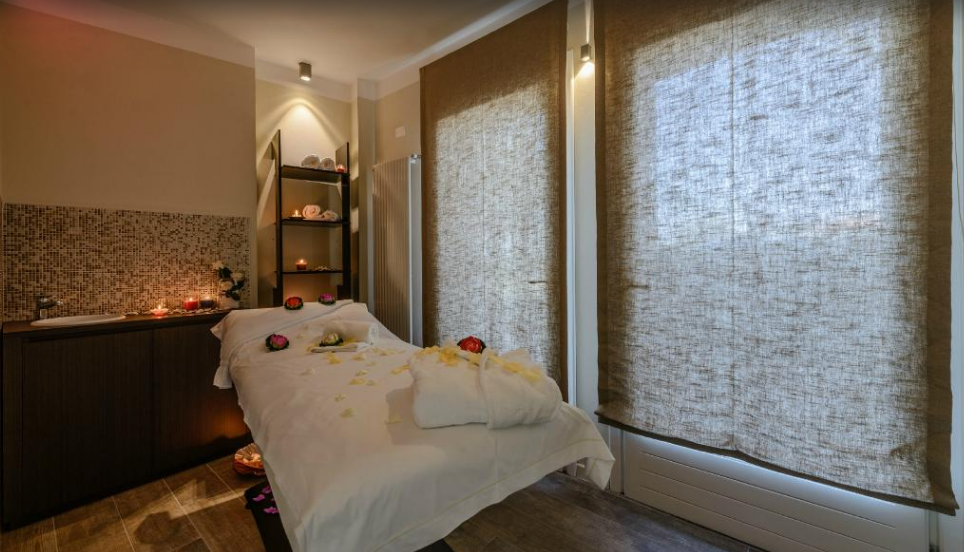 Enjoy a massage at our villa's Spa.