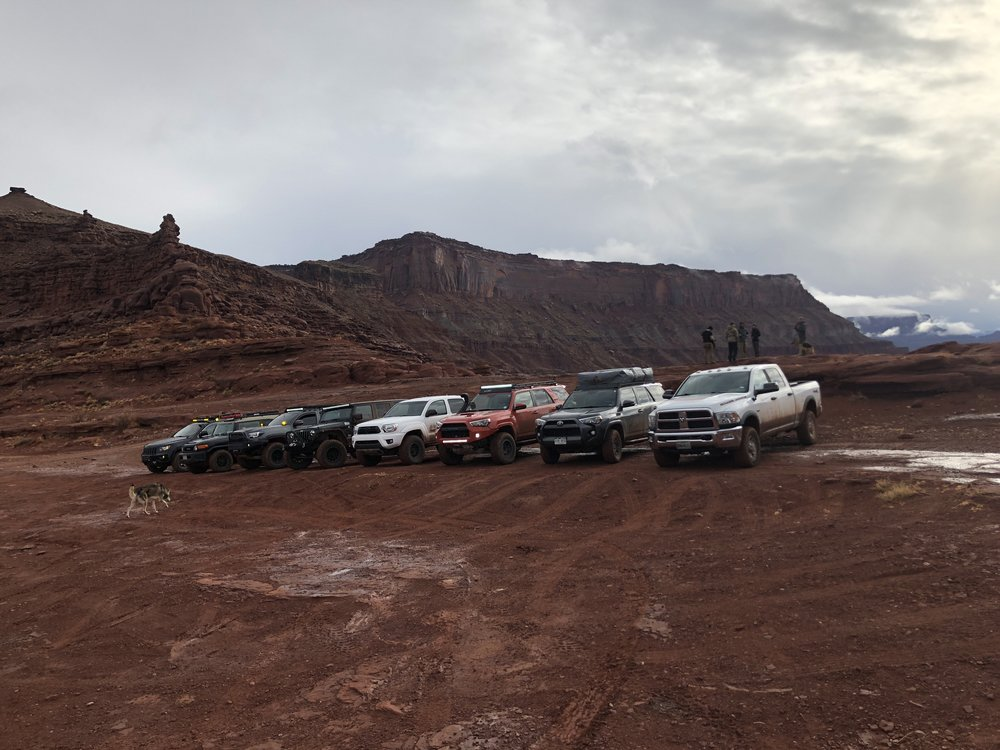 A brace of different but very capable trail rigs at the Triple Aught Design Waypoint :: Gemini event in Moab, Utah. Which is the right rig for you?