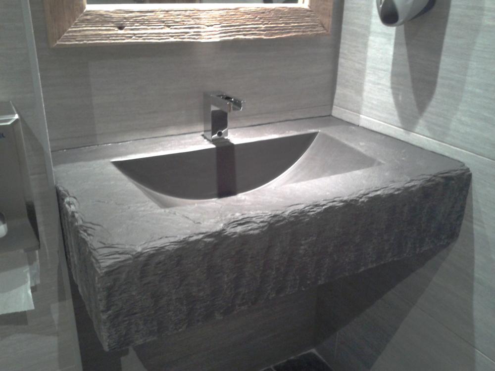 vasque c.jpg