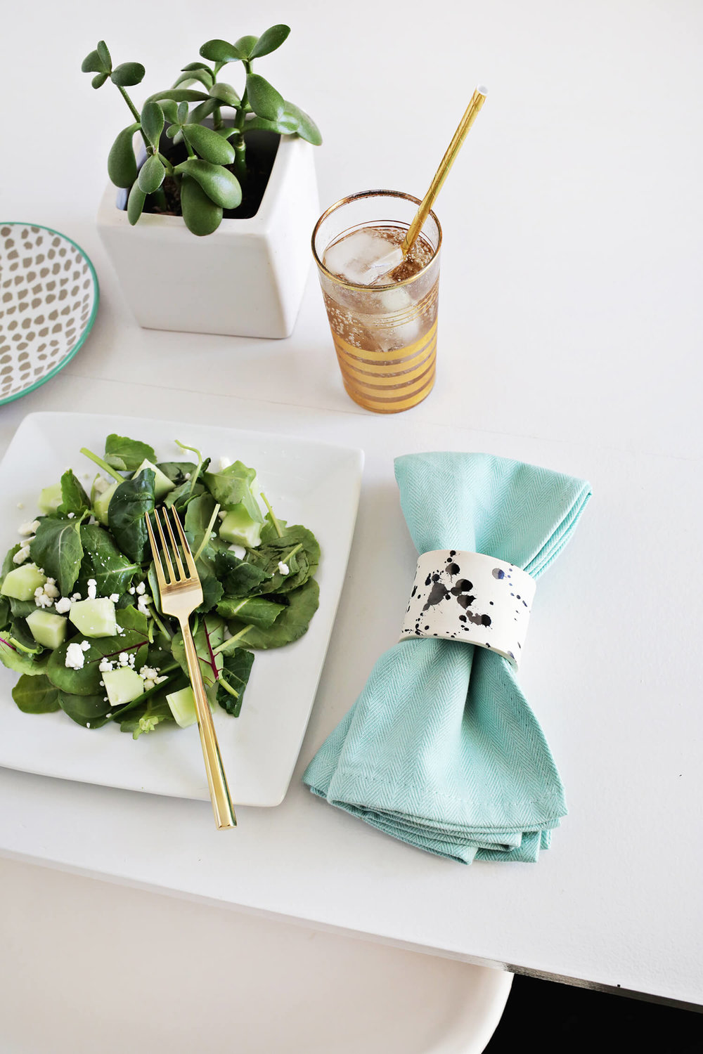 DIY Splatter Napkin Rings
