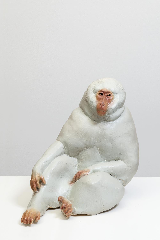 Lotta Mattila, Hyvät herrat 6, 2015, käsintehty keramiikka, 51 x 43 x 63 cm.jpg