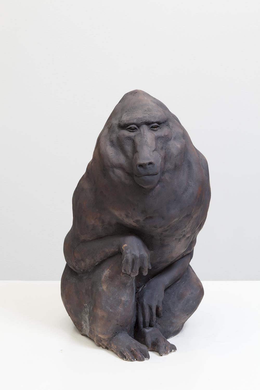 Lotta Mattila, Hyvät herrat 1, 2015, käsintehty keramiikka, 59 x 36 x 39,5 cm.jpg