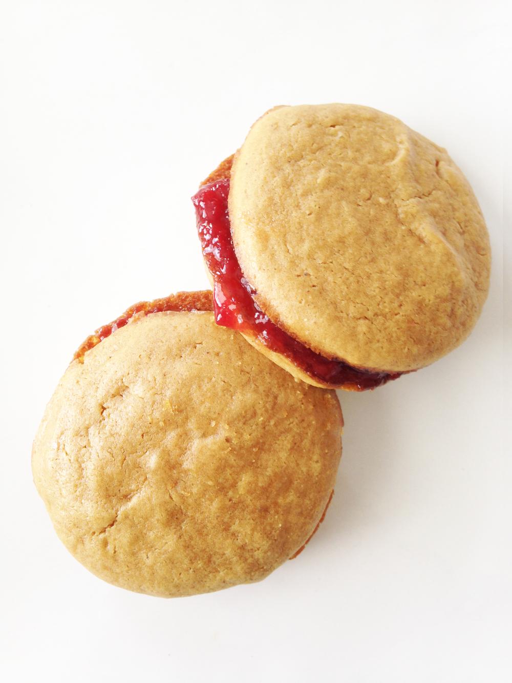 Skinny PB&J Sandwich Cookies — The Skinny Fork