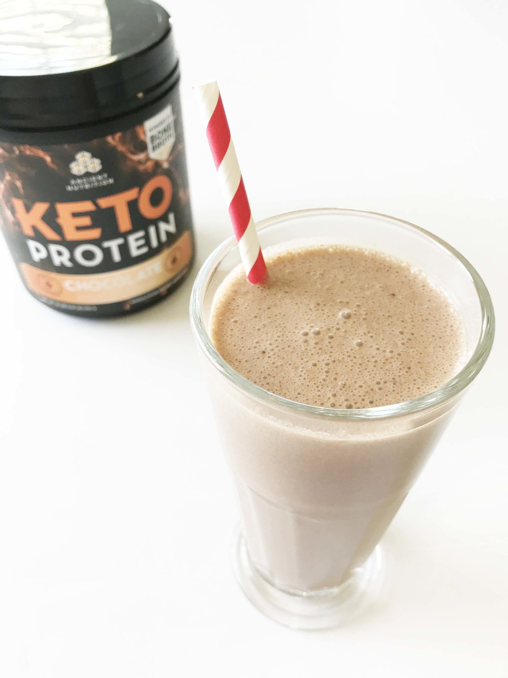 keto-chocolate-pb-shake4.jpg