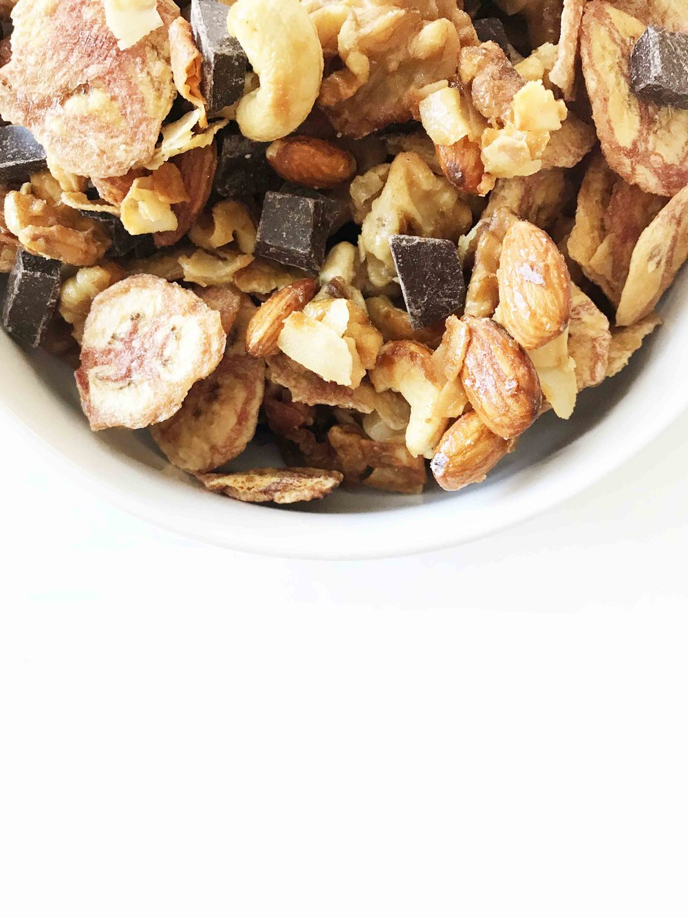 chunky-monkey-trail-mix8.jpg