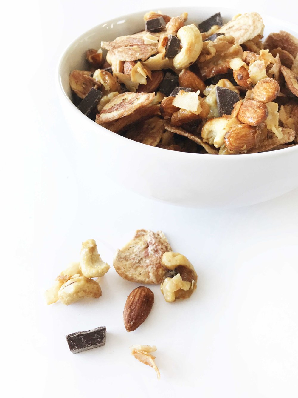 chunky-monkey-trail-mix9.jpg