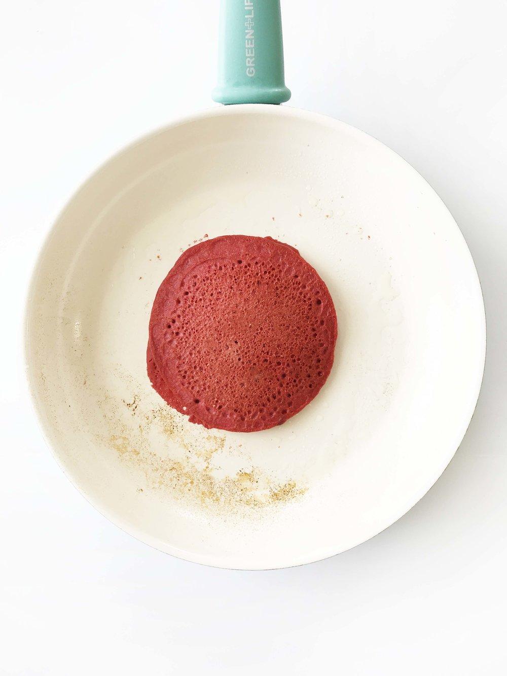 skinny-red-velvet-pancakes5.jpg