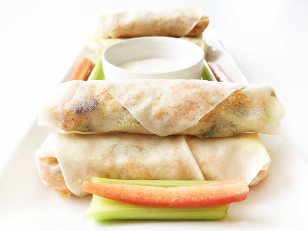 buffalo-chicken-spring-rolls6.jpg