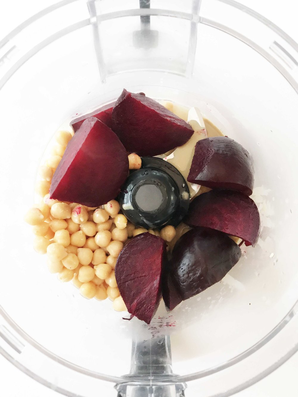 roasted-beet-hummus4.jpg