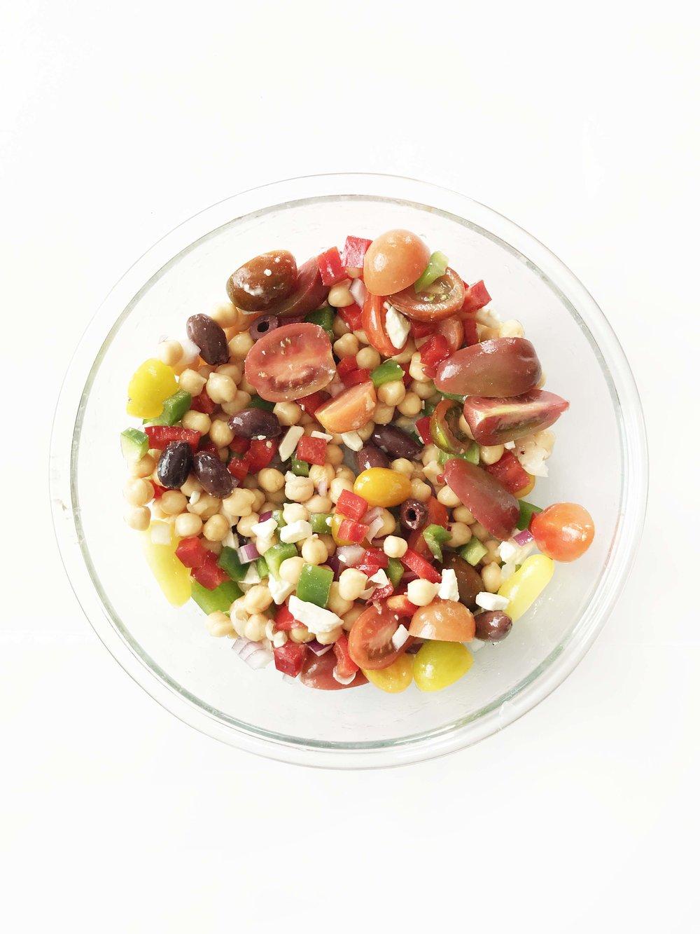 mediterranean-chickpea-salad2.jpg