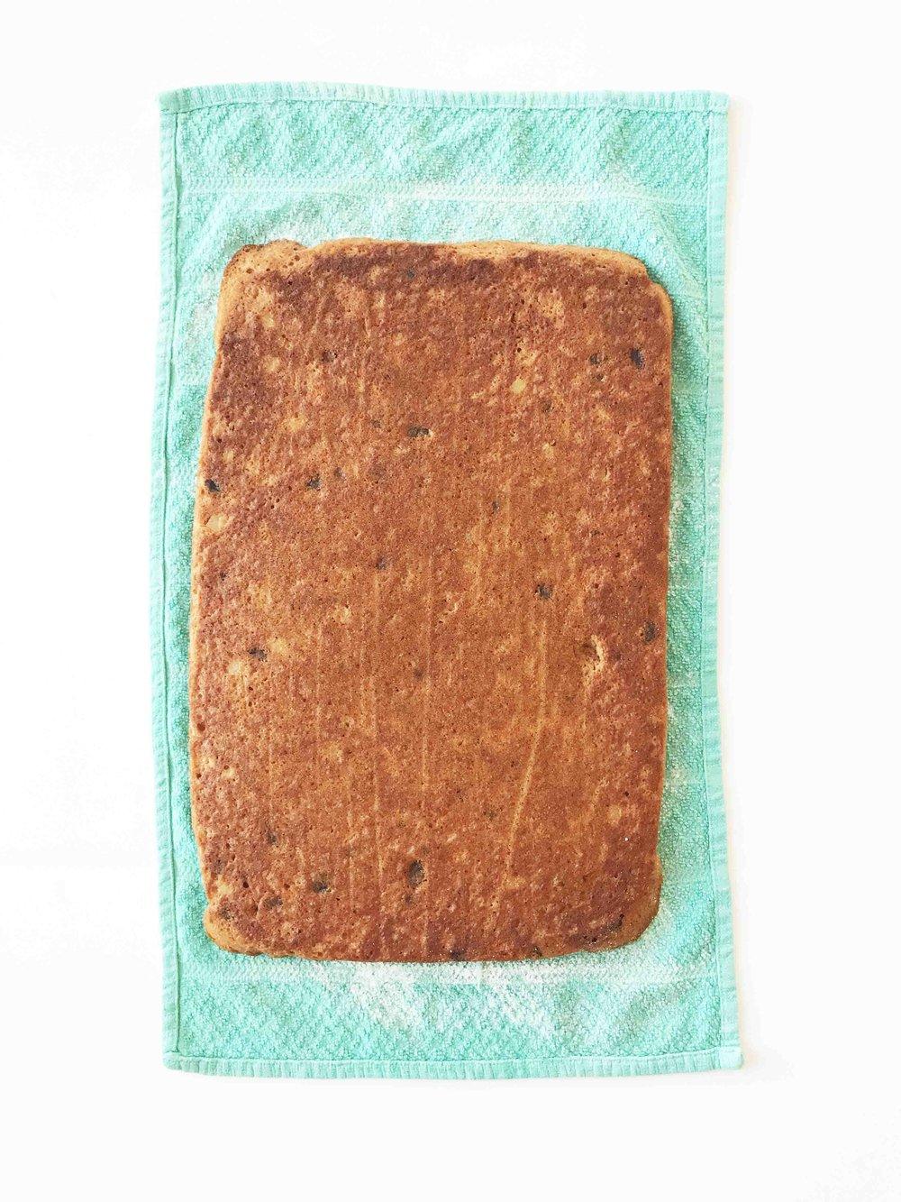 skinny-carrot-cake-roll5.jpg
