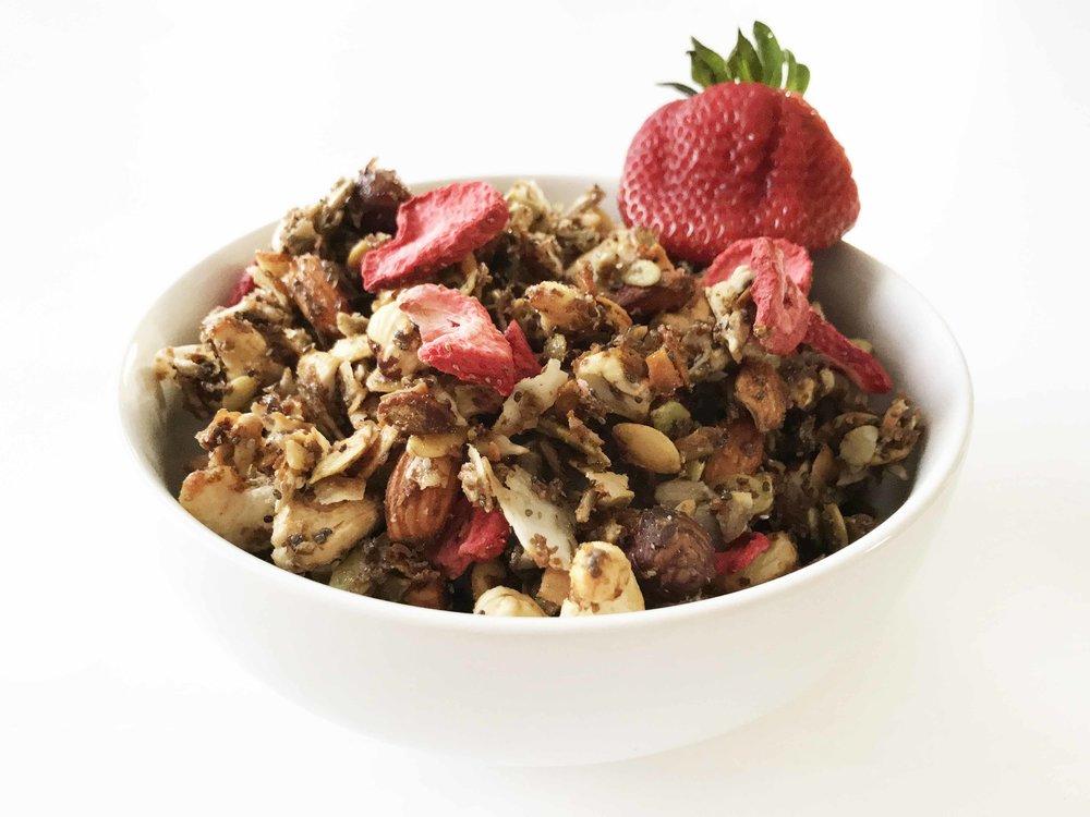 strawberry-granola7.jpg