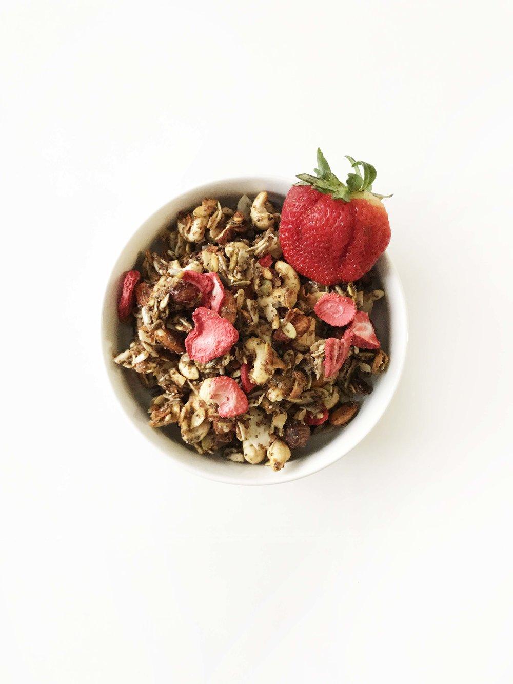 strawberry-granola6.jpg