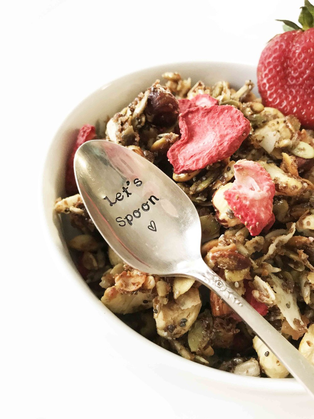 strawberry-granola8.jpg