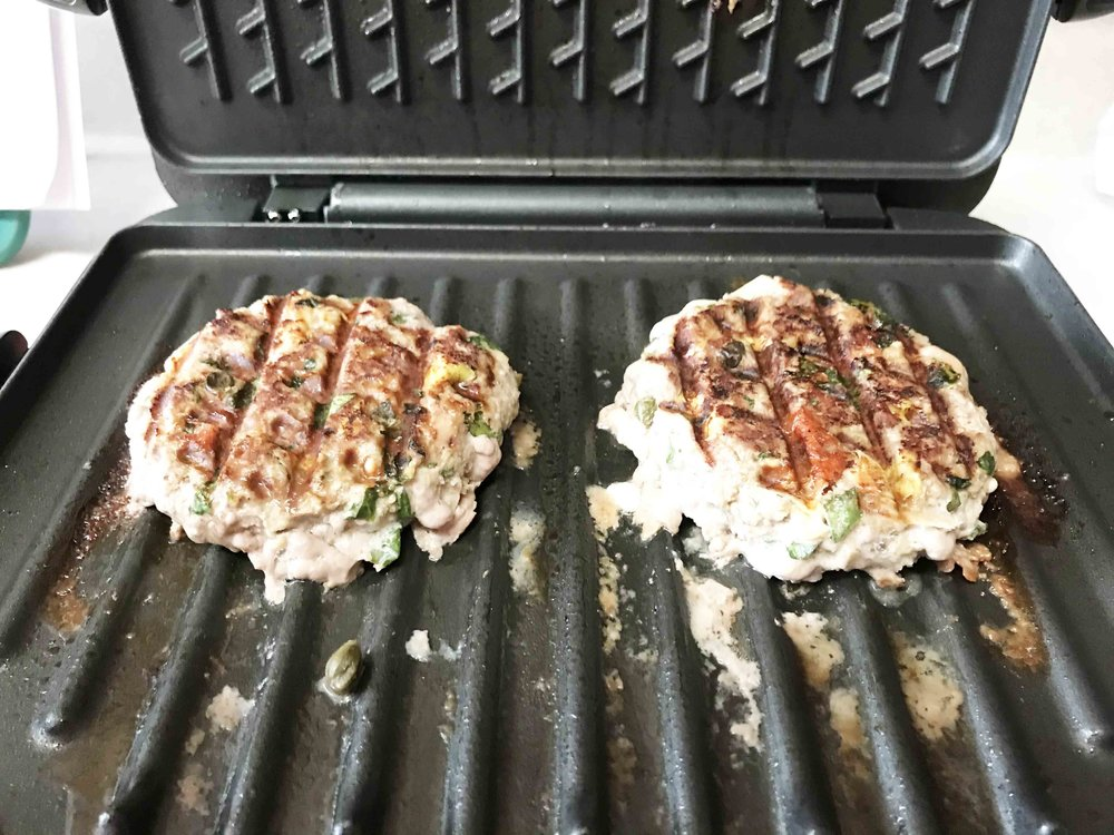 spinach-artichoke-burger5.jpg