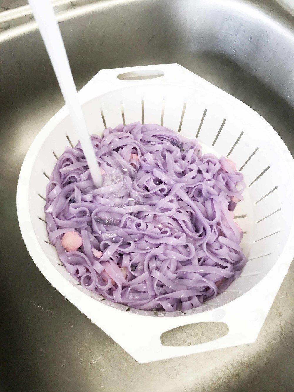magical-unicorn-noodles2.jpg