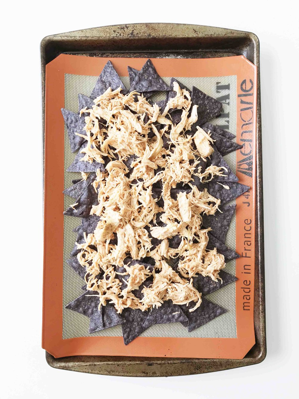 buffalo-chicken-nachos7.jpg