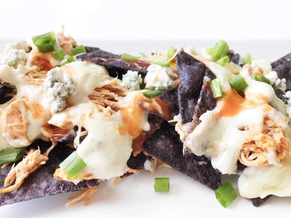 buffalo-chicken-nachos11.jpg
