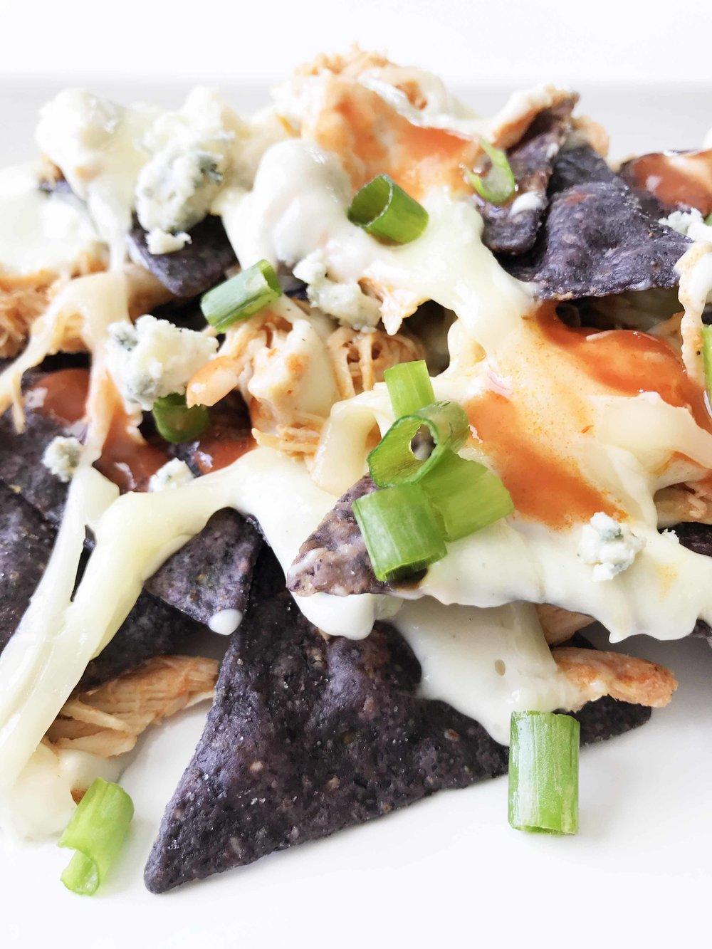 buffalo-chicken-nachos12.jpg