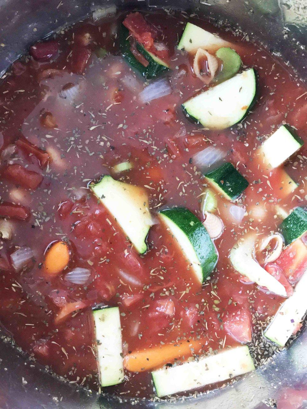 minestrone-instant-pot2.jpg