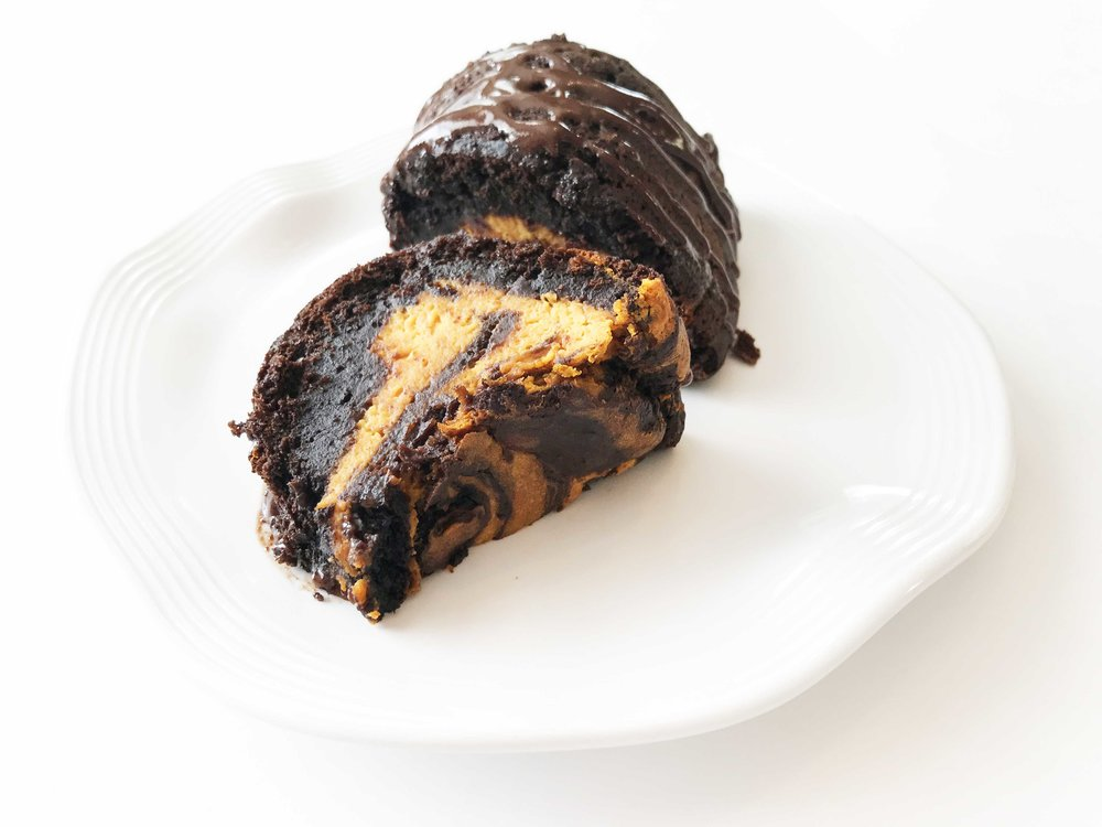 chocolate-pumpkin-cake.jpg