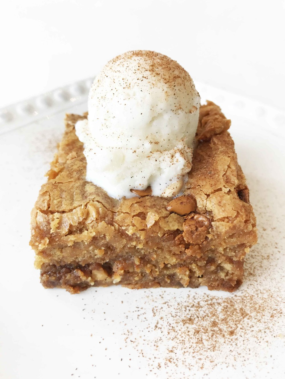 skinny-pumpkin-blondies10.jpg