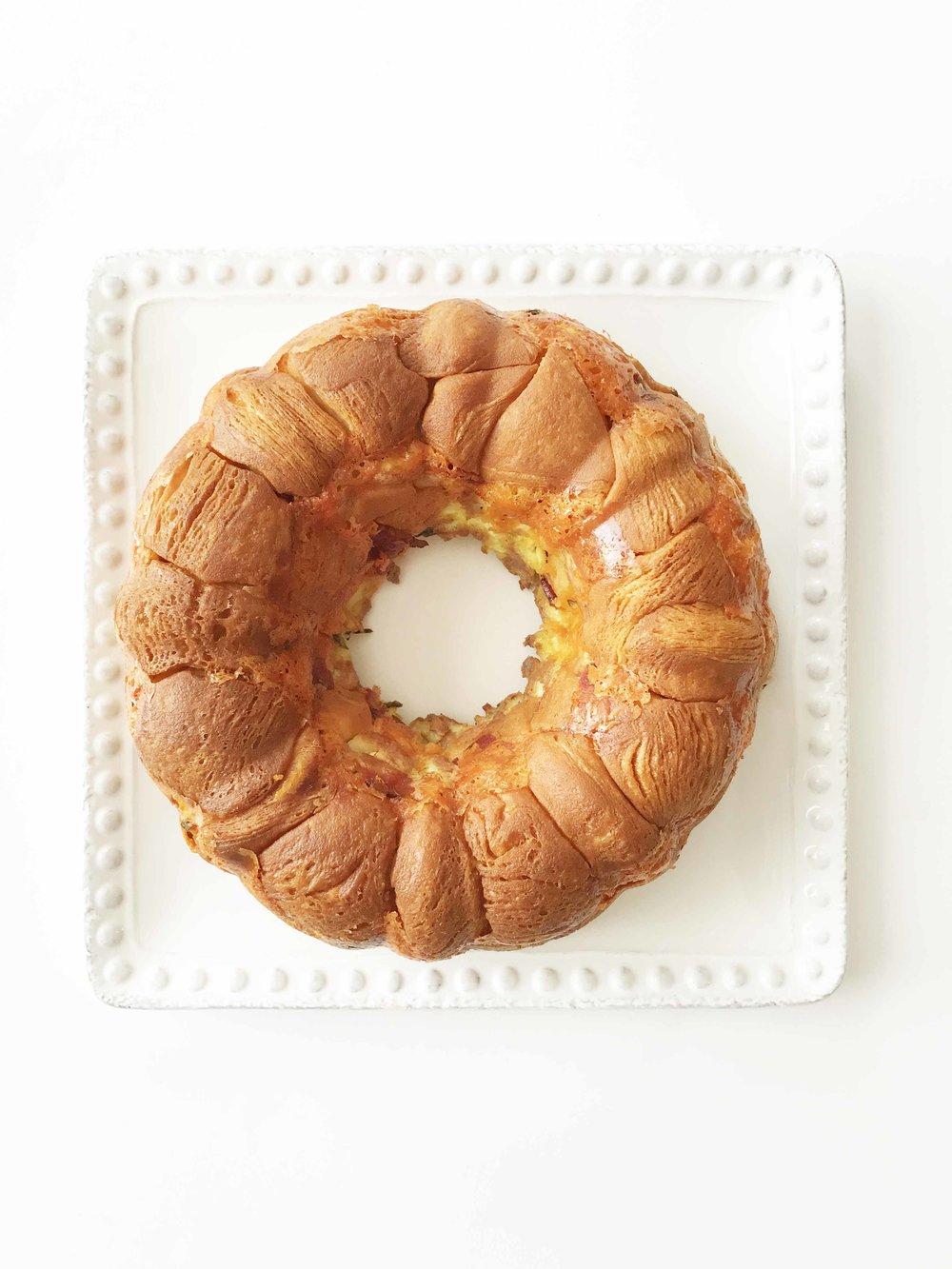 bacon-egg-cheese-monkey-bread6.jpg