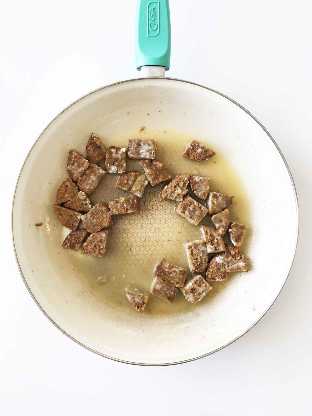 vegan-biscuits-gravy12.jpg