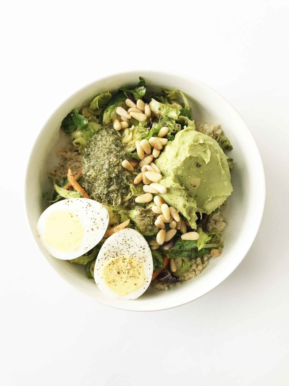 quinoa-pesto-bowl3.jpg