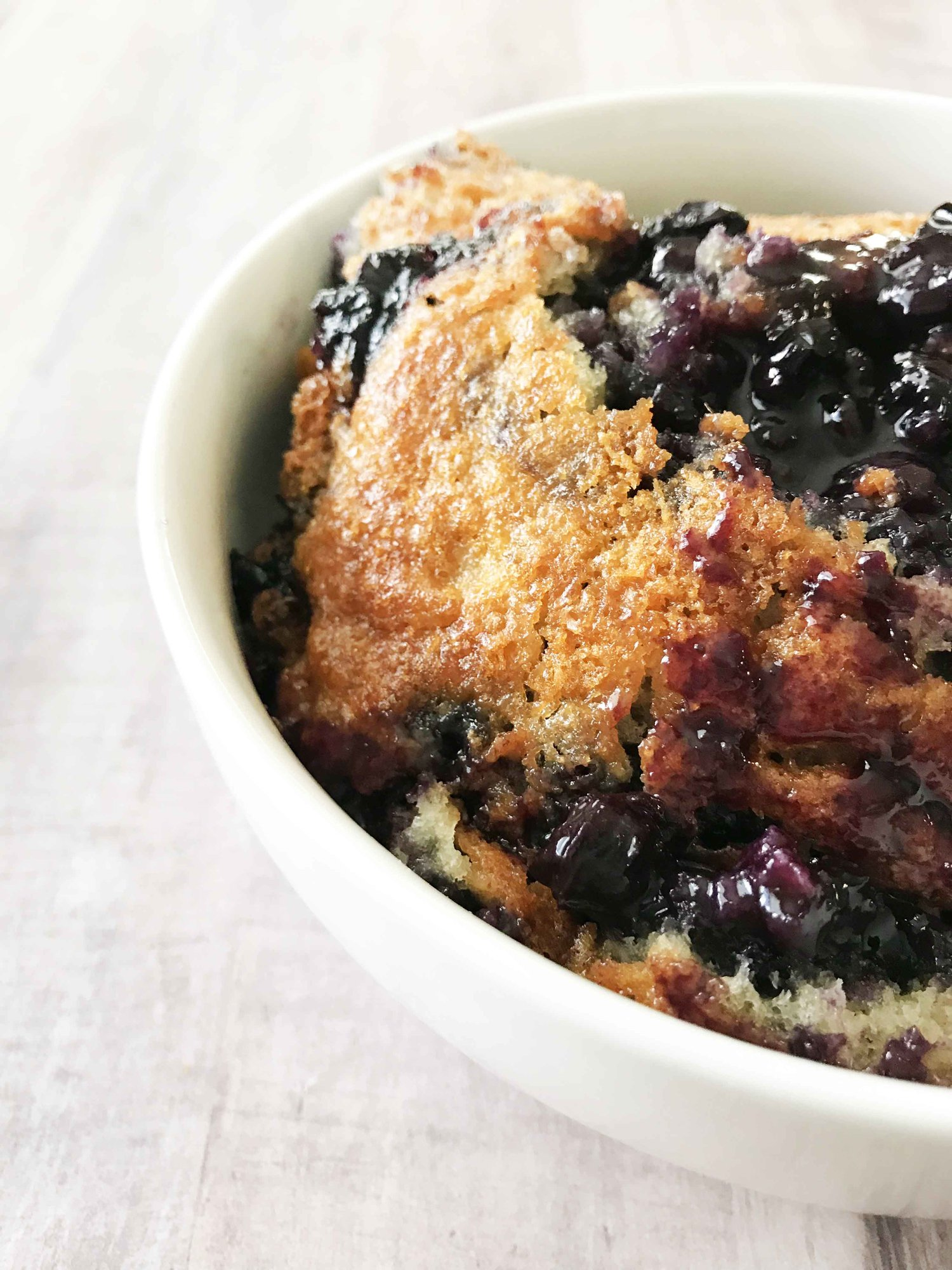 Easy Blueberry Cobbler Recipe {LOW CALORIE}   Lose Weight By Eating