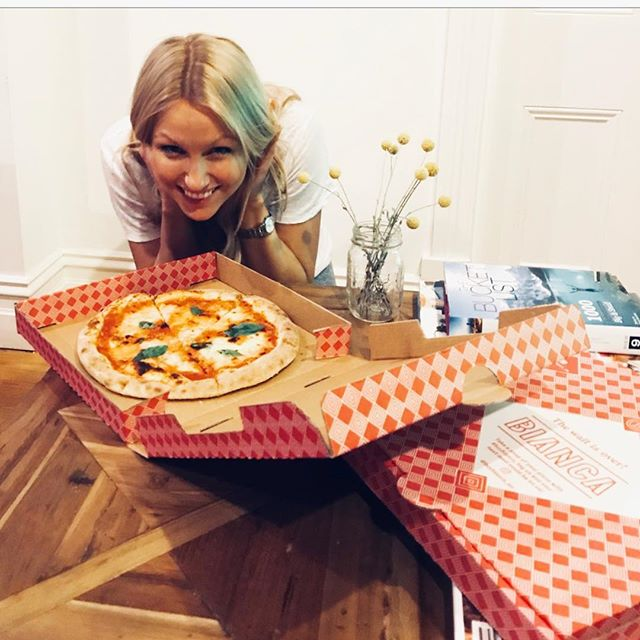 Friday night complete with pizza + footy. Thank you @heybianca_au for the goods. Just what a tired, pregnant girl needs! 🍕