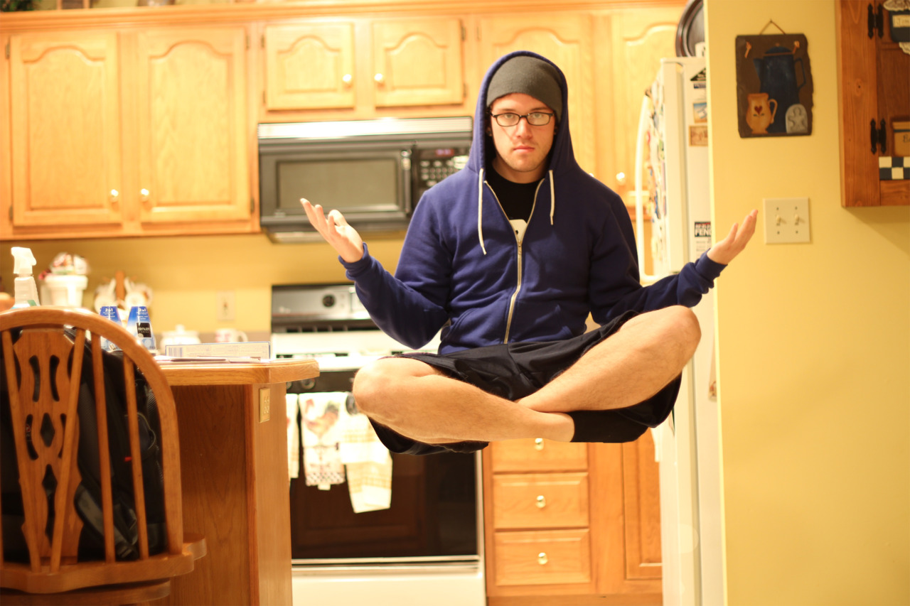 I float in the kitchen…