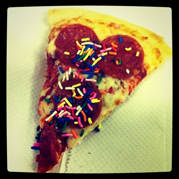 I put some sprinkles on my pizza and I can't lie…it was good.