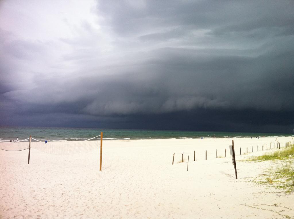 A storm's a brewin'