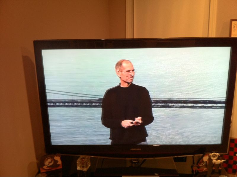 Streaming the keynote over AirPlay from my iPhone to AppleTv has better quality than my computer!