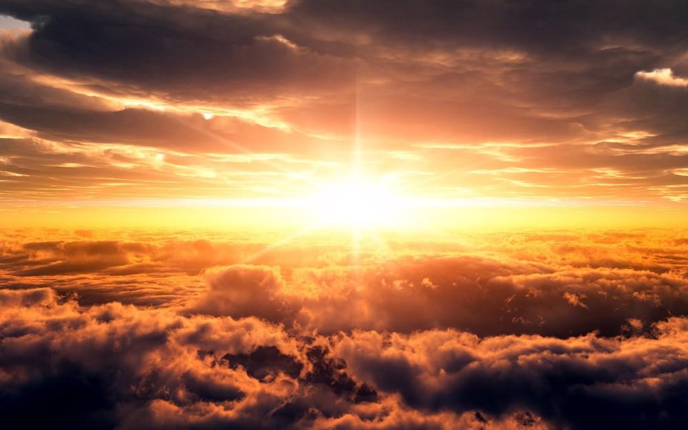 http://wallpoper.com/wallpaper/sunsets-clouds-320603