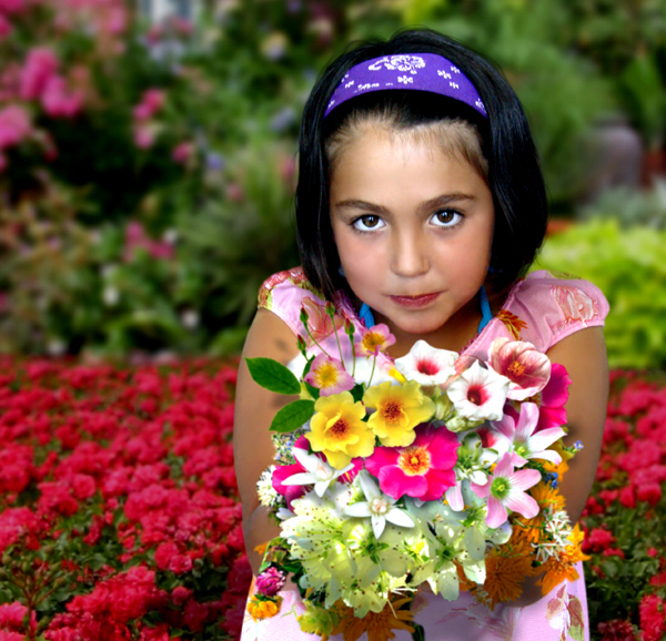 flower girl small.jpg
